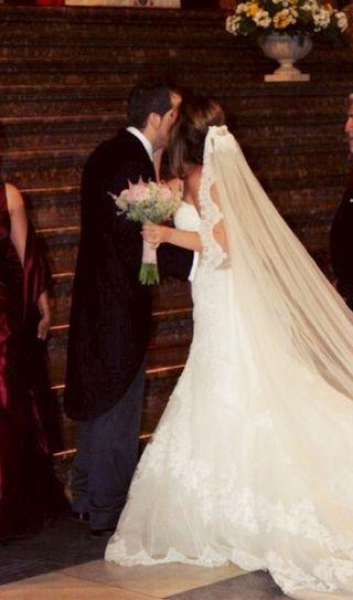 Vestido y velo novia marca AIRE BARCELONA ¡Espectacular!