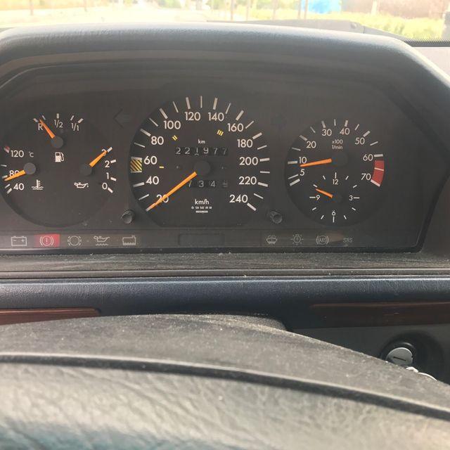 mercedes-benz Clase 220E AUTOMÁTICO
