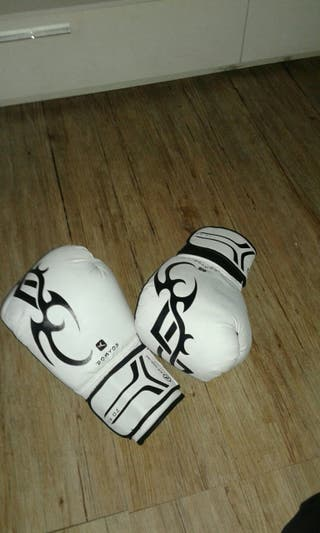 guantes de boxeo de 14 oz