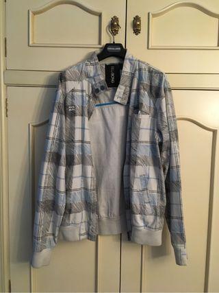 Sudaderas y chaquetas: 3 unidades