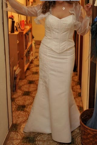 BAJO PRECIO Vestido de novia 2 piezas y chaquetita
