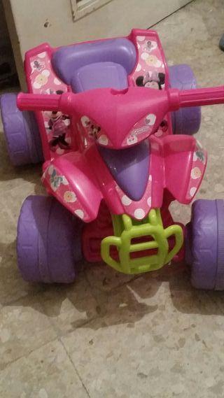 moto de niña poco uso con sus cable y todo