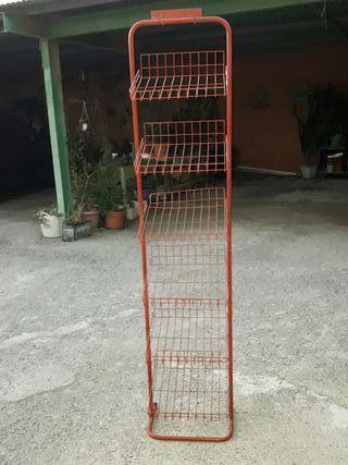 estanteria roja