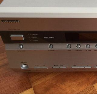 Amplificador hi-fi ONKYO