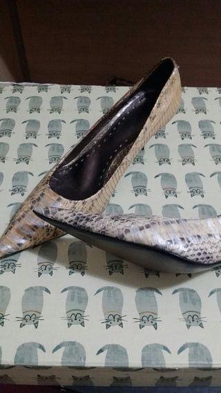 zapatos mujer piel serpiente