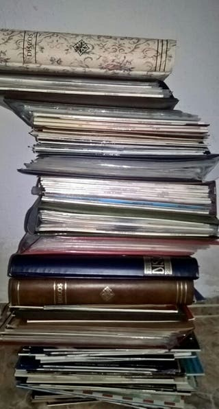 colección de discos de vinilo. bien conservados