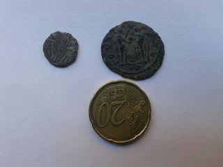 Monedas romanas originales con excelente pátina.