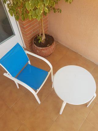 conjunto niño silla y mesa
