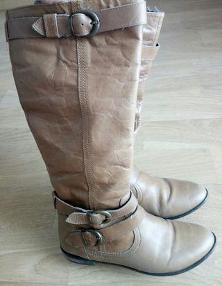 Botas piel Zara