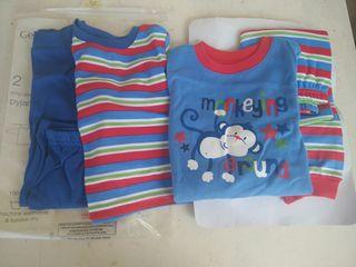 2 X Pijamas de nińo 9-12 meses, NUEVOS