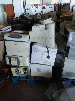 lote de ordenadores e impresoras láser