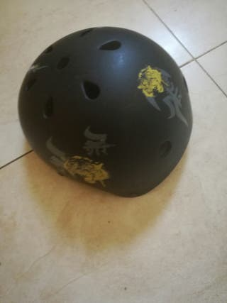 casco ajustable talla M