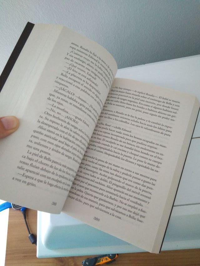 libro amanecer vampiros Crepúsculo