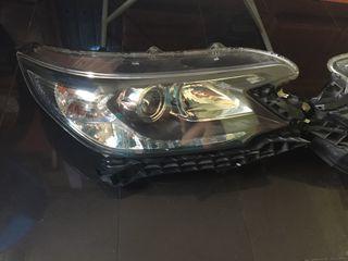 Honda CR-V 2014 faros delanteros