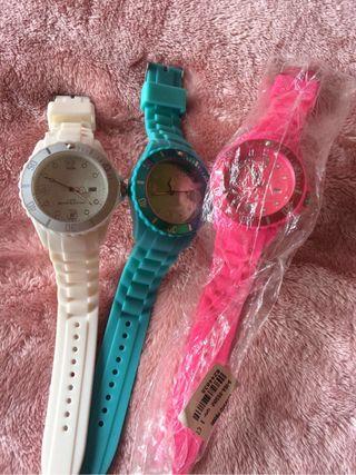 Reloj y gafas