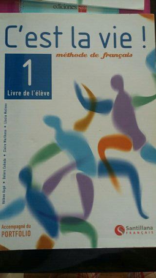 Libro texto C'est la vie