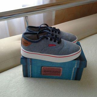 *** Zapatos niño nuevos ***