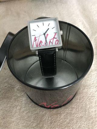 Reloj nolita