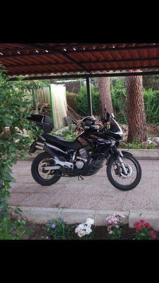 Moto Honda transalp