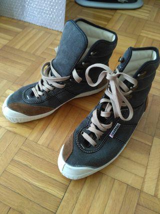 * Zapatillas Kawasaki a estrenar talla 40-41 *