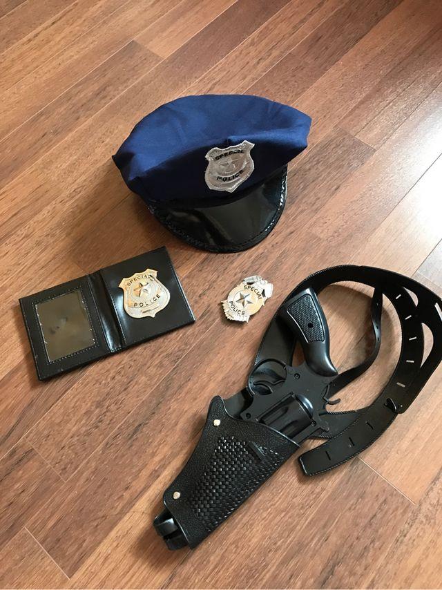 Disfraz policia accesorios de segunda mano por 6 € en Sentmenat en ... 58ac0d54f90