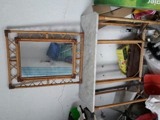 Mueble y espejo entrada