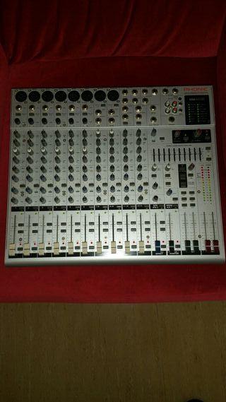 mesa de sonido phonic helix board