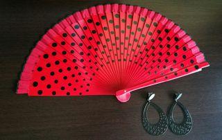 pendientes y abanico flamenca