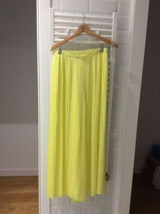 Pantalón plisado Zara talla S
