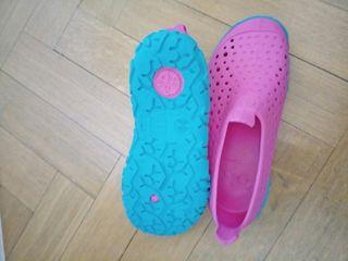 zapatillas piscina niña