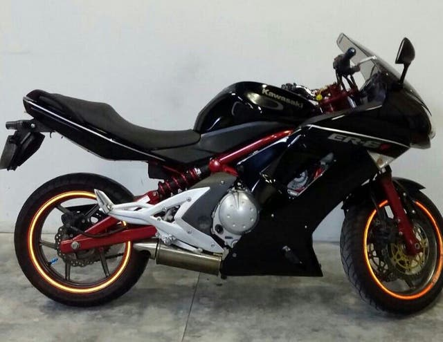 Moto kawasaki er6f