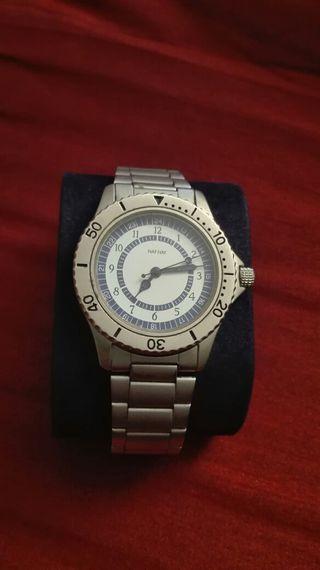 Reloj de pulsera NAF NAF