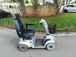 silla scooter eléctrica persona mayor