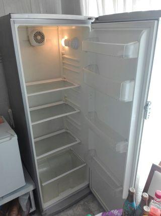 frigorífico de 180 por 60 medida