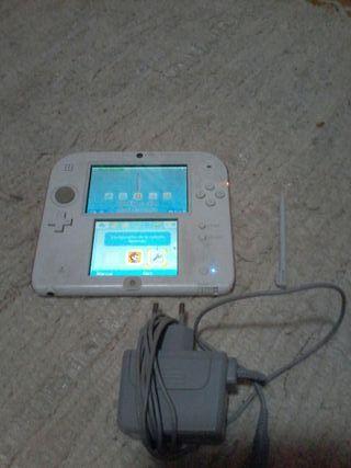 Nintendo 2ds roja+cargador y juegos