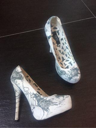 Zapatos fiesta iron fist