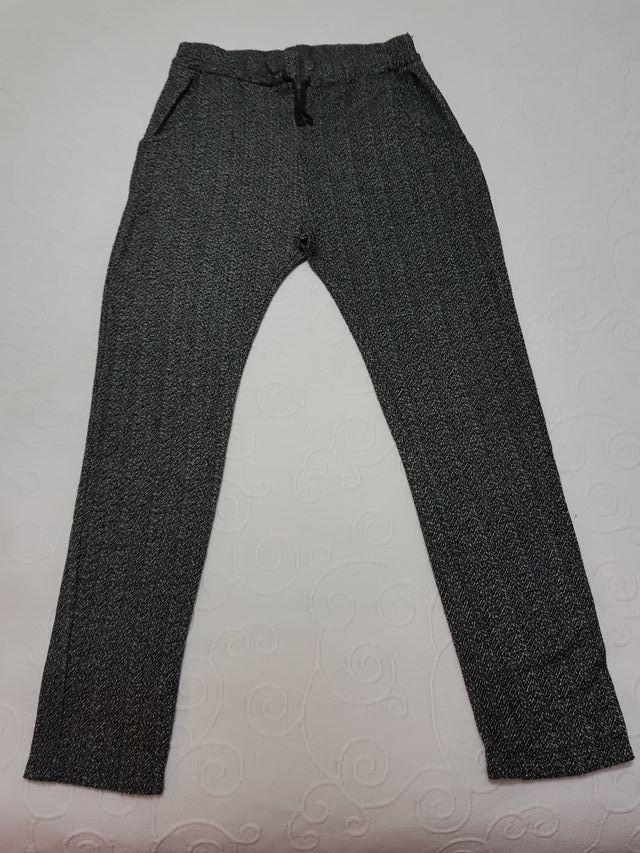 pantalon de tela de Zara talla 9-10