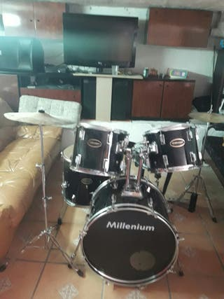 bateria de musica semi nueva