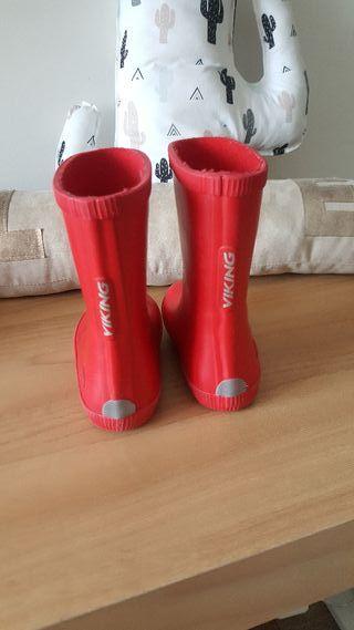 botas agua marca viking talla 22