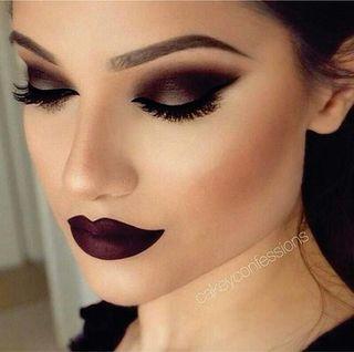 Maquillaje + Manicura