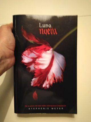 Libro Luna Nueva
