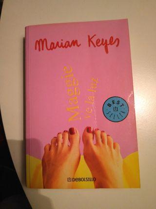 Libro Maggie ve la luz