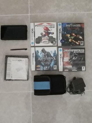 Nintendo DS Lite + 4 juegos + funda