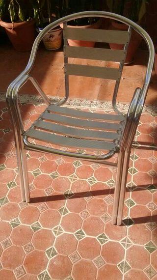 juego de mesa y sillas exterior