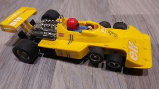 coche scalextric tyrrell 6 ruedas amarillo