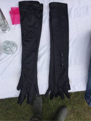 Long silky gloves
