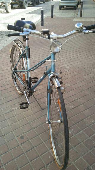 Bicicleta BH gacela de paseo