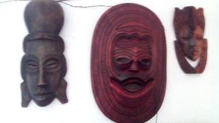 tres caretas africanas