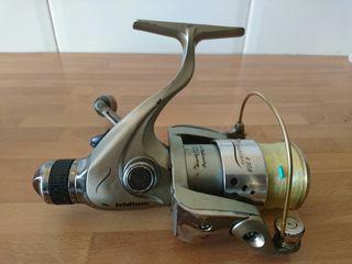 Carrete de pesca fluvial