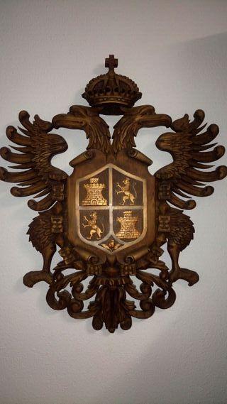 Escudo madera o panoplia con espadas